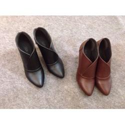 Giày boot cao gót cổ ngắn