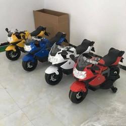 xe máy điên cho bé