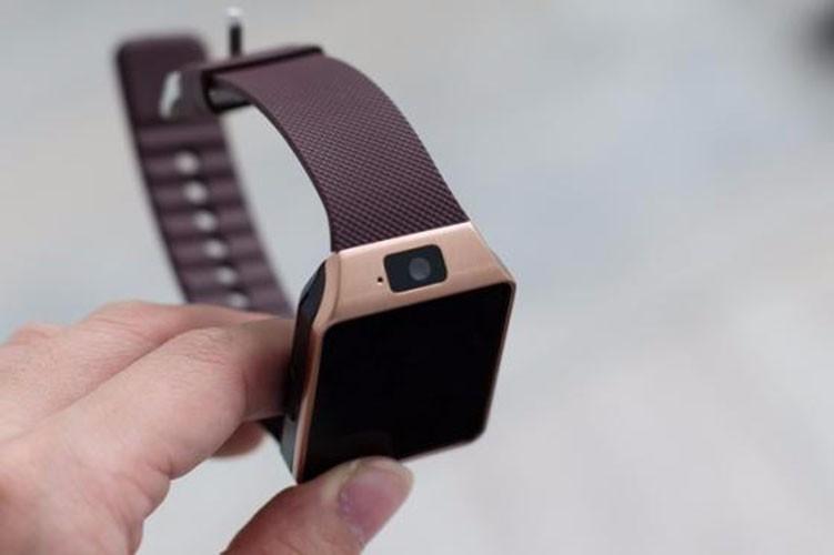 Đồng hồ cảm ứng có sim 5