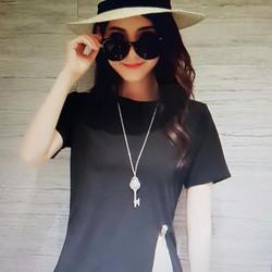 Bộ áo quần thun nữ kiểu dáng trẻ trung, phong cách năng động.