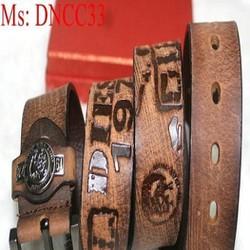 Thắt lưng nam da bò kiểu mặt xỏ kim logo nổi cao cấp DNCC33