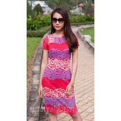 Đầm ren phối màu hồng