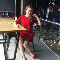 Đầm suông tuyết mưa đỏ