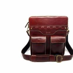 Túi đeo chéo handmade đựng Macbook  13 inch