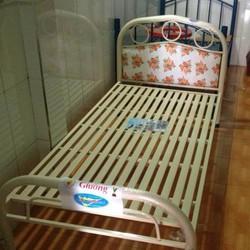 Giường sắt giá rẻ Duy Phương 1mx2m