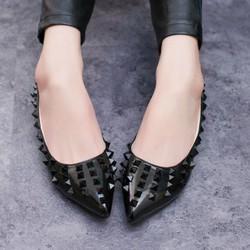 Giày búp bê nạm đinh