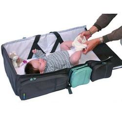 Vừa là nôi vừa là túi tiện dụng cho bé khi đi du lịch,