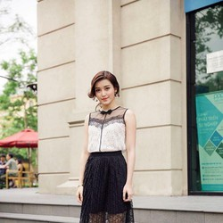 Set Áo Ren Và Chân Váy Ren Dập Ly Xinh Như Huyền My