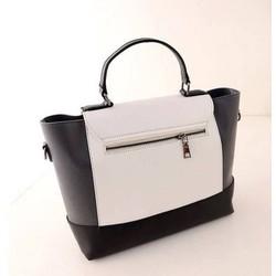 Túi xách đen trắng