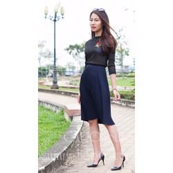 Chân váy dập ly xanh đen
