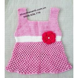 Đầm len móc Handmade size 8 tháng đến 11 tháng