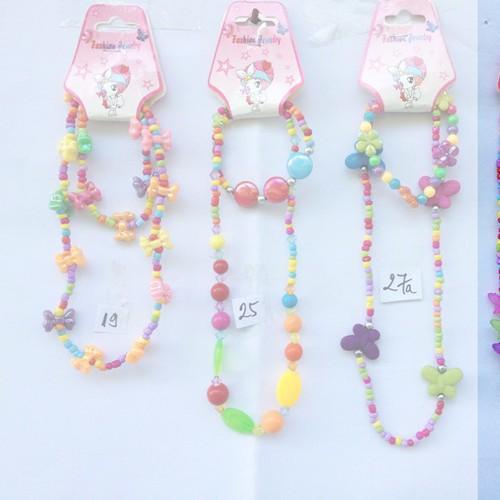 bộ dây chuyền và vòng đeo tay hạt cườm nhiều màu.ts-19-25-27. 25k