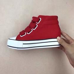 Giày nữ độn đế tăng chiều cao