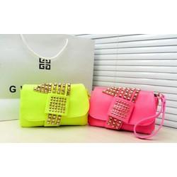 Túi cầm tay màu hồng Neon TX0055