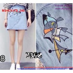 Chân váy jean thêu hình cá nhiều màu nổi bật CVJ72