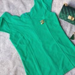 Set thời trang áo và phụ kiện
