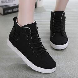 giày boot cổ cao phối dây đan siêu cá tính