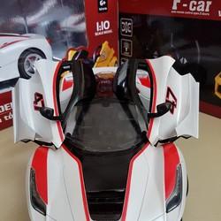 Xe điều khiển từ xa Ferrari mở cửa nhanh siêu nhẹ