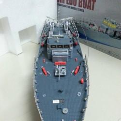 Tàu chiến điều khiển từ xa tỷ lệ 1-115