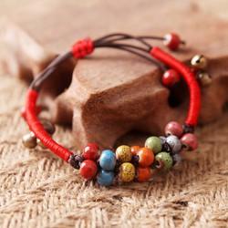 Vòng tay hạt gốm nhiều màu