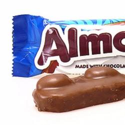 Socola sữa dừa hạnh nhân Almond Joy gói 45g