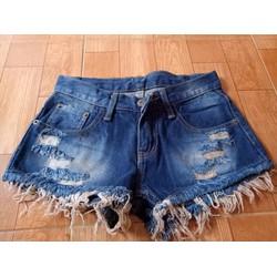 Quần sọt jeans tua rua