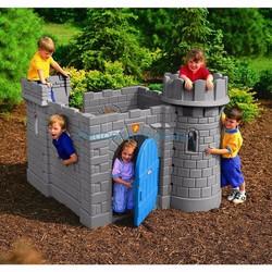 Lâu đài cổ điển Little tikes LT-172083