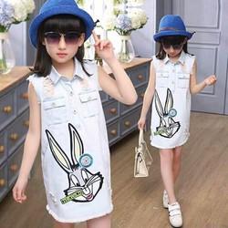Đầm jean in thỏ cực sành điệu cho bé diện mùa hè