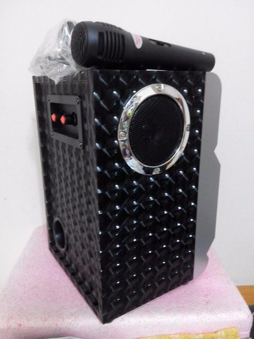 Loa Bluetooth Karaoke RX-302 Tặng Kèm Micro 8
