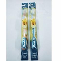 Bàn chải đánh răng Oral-B gấu Pooh cho bé 4-24 tháng