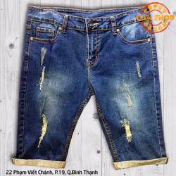 Quần jeans lửng rách xanh nhạt - D131