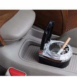 Hộp đựng tàn thuốc trên xe ô tô