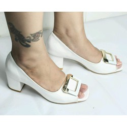 giày cao gót hở mũi màu trắng