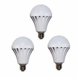 Bộ 3 bóng đèn Led Bulb tích điện thông minh SmartCharge 7W