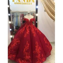 áo cưới đỏ tay ngang chan ren tùng múi lấp lánh