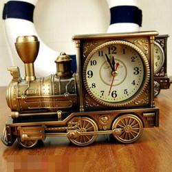 Đồng hồ để bàn xe lửa
