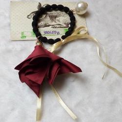 CT30 - Cột tóc hoa hồng