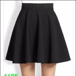 Chân váy xòe đen xinh đẹp