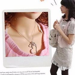 Vòng cổ nữ, thiết kế độc đáo 3 mặt trái tim trẻ trung, thời trang Hàn