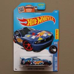 Xe mô hình 1:64 Hot Wheels 2016 Custom 12 Ford Mustang-Xanh