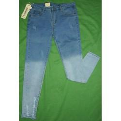 Quần Jean 2 màu xé rách lai độc đáo
