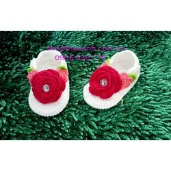 Giày sandal len móc Handmade size 8 tháng - 11 tháng
