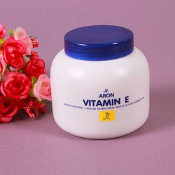 Kem Vitamin E dưỡng ẩm