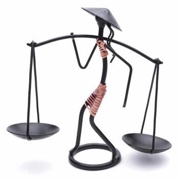 Chân đế nến mỹ thuật hình người quẩy gánh - 620150252301 ...