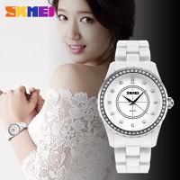 Đồng hồ Nữ SKMEI dây đá siêu nhẹ SK077