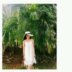 Đầm hai dây trắng đen