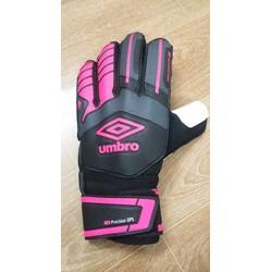 Găng tay thủ môn Umbro hồng đen