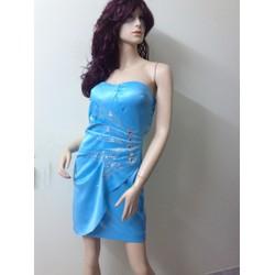 Váy quây có cup ngực, đính đá gợi cảm