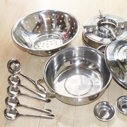Bộ Nhà Bếp 11 Món Inox Nồi Lẩu, Rổ, Bếp Cồn, Chén, Vá, Muỗng Cao Cấp