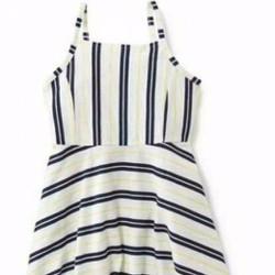 Đầm hai dây sọc xanh navy Old Navy